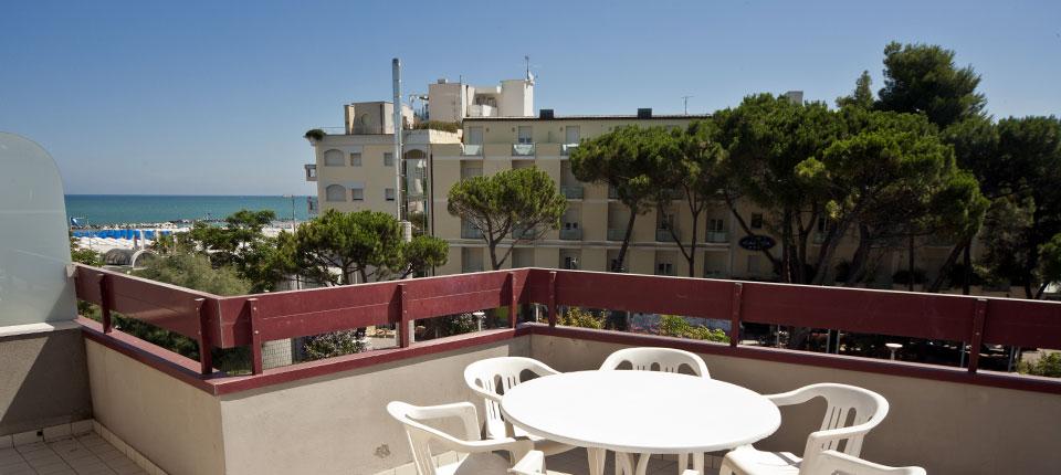 Carducci appartamenti cattolica affittasi appartamenti for Appartamenti affitto mare